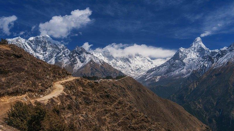 El Himalaya aparece delante de nosotros