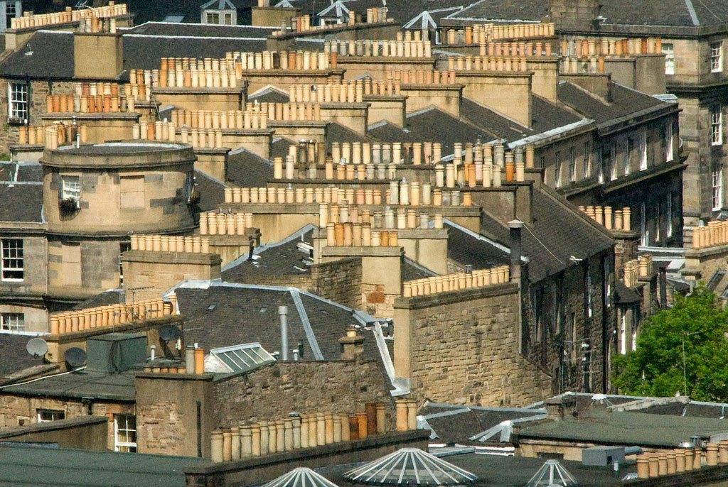 Auld Reekie, así se llamaba a Edimburgo por el humo que desprendían sus miles de chimeneas