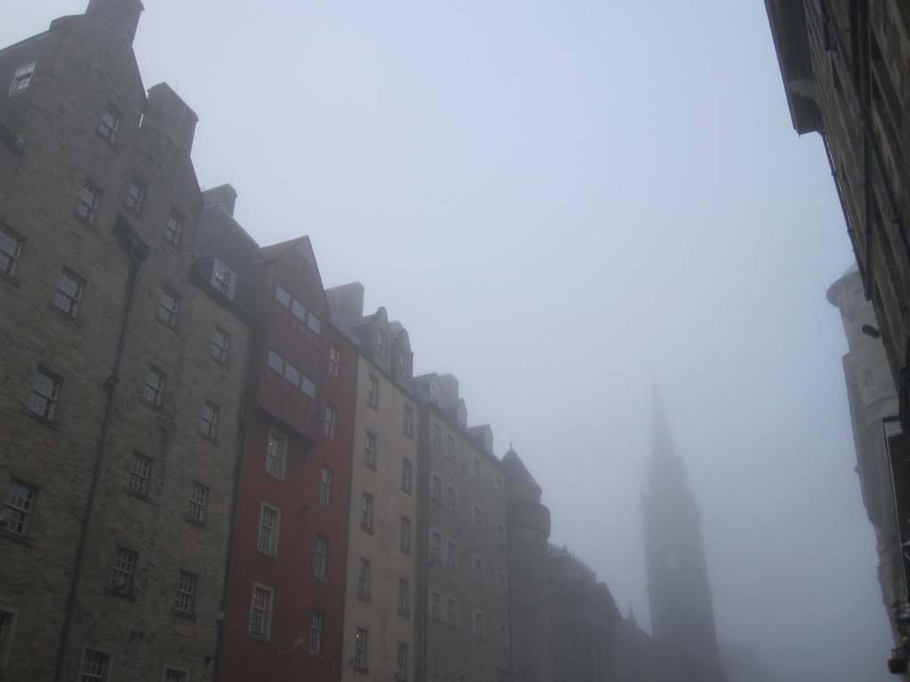 Haar, la espesa niebla de Edimburgo
