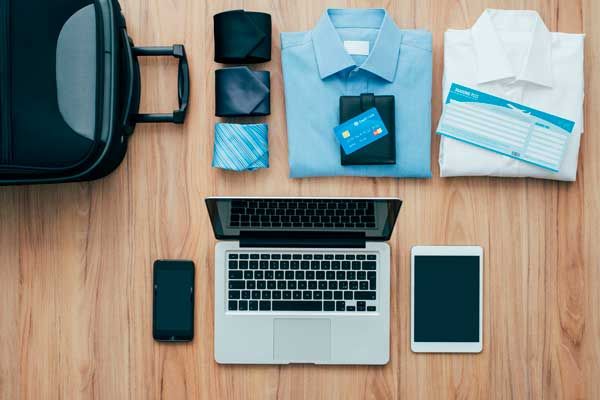 hacer el equipaje para viajes de empresa