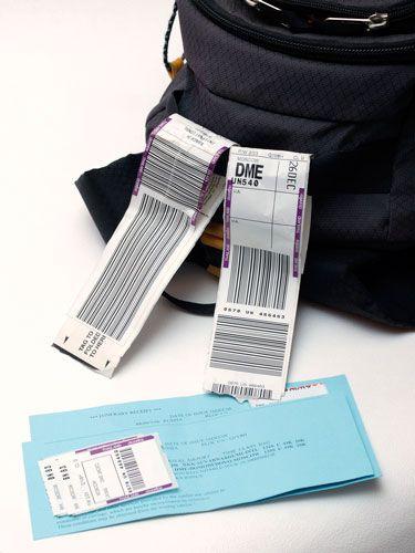 Conserva facturas y resguardos por si tienes que tramitar alguna incidencia con tu seguro de viaje