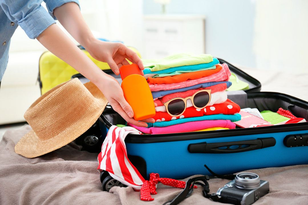 303015e4c ¿La lista de ropa, zapatos, complementos o cosméticos para tu viaje es  interminable o, por mucho que la revisas, siempre la ves incompleta?