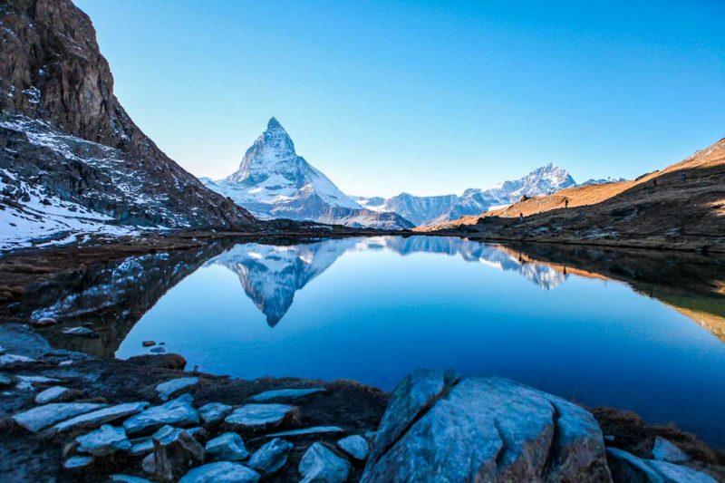Las fotos de montañas son son de las favoritas en la res, y esta foto de viaje de Suiza ha triunfado en nuestro Instagram